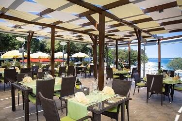 018 restaurant