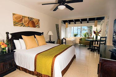 041 Oceanfront-Jacuzzi-Junior-Suite-Room