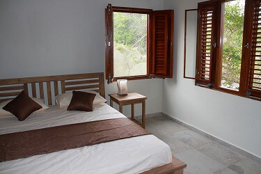 058 Bungalaow Bedroom