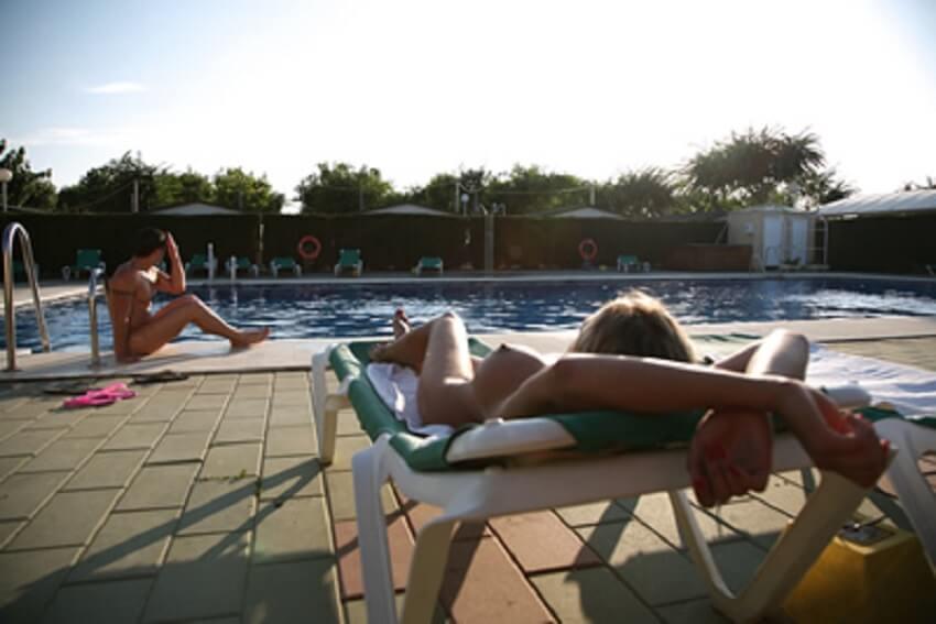 Almanat-buitenzwembad