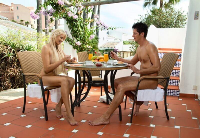 Costa-natura-ontbijt-op-terras
