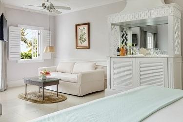 Couples Sans Souci One Bedroom Beachfront Suite-1
