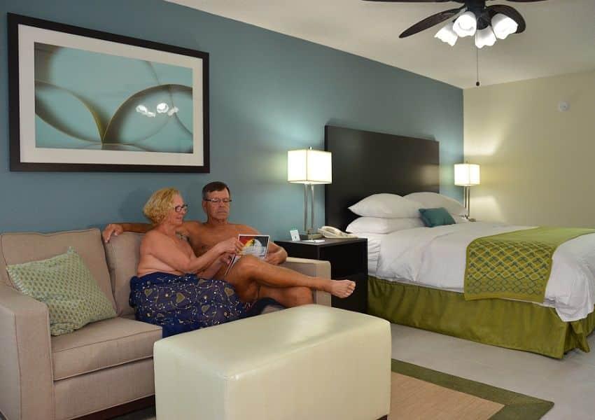 Cypress-Cove-gerenoveerde-Motelroom0