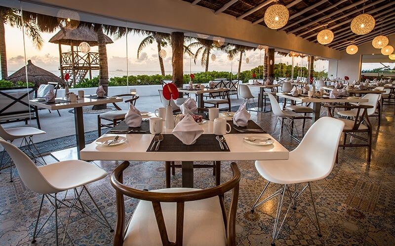 Desire-Pearl-Aphrodite-Restaurant