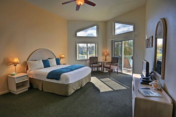 Laguna-del-Sol_Luxury-Room