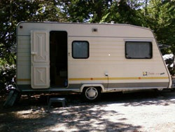 Le-Clapotis-Caravan