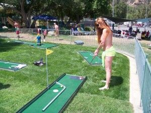 Mini-golf-Glen-Eden-Sun-Club