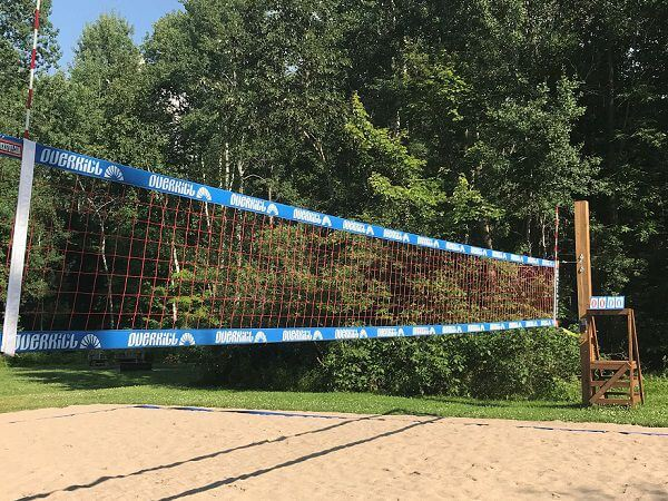 Volleybalveld-Bare-Oaks