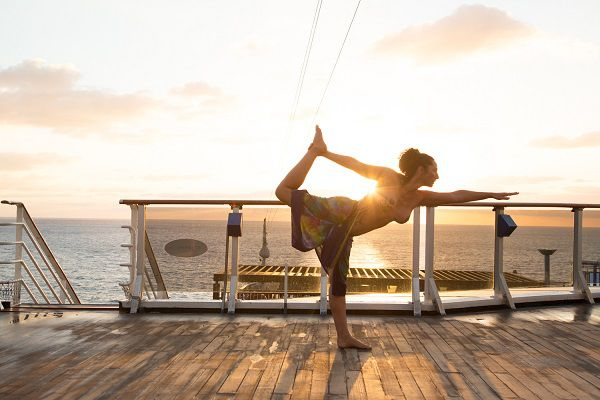 Yoga-on-deck-Carnival